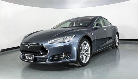 Tesla Model S 85 D 2014