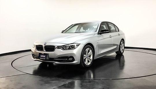 BMW Serie 3 320i Sport Line 2017