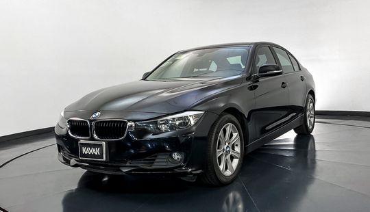 BMW Serie 3 320i Business-2015