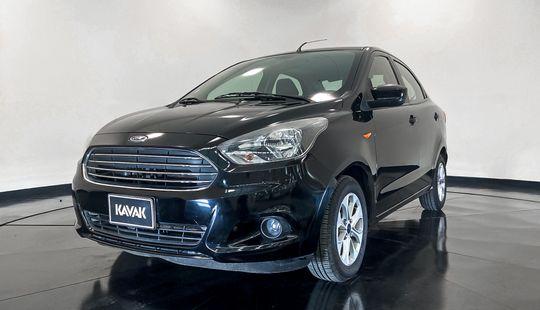 Ford Figo Titanium