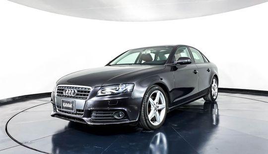 Audi A4 Luxury 2011