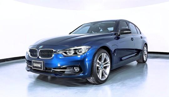 BMW Serie 3 330e Sport Line Híbrido
