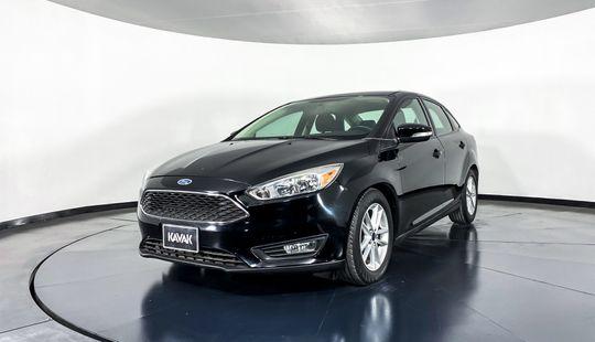 Ford Focus SE-2016