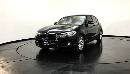 BMW Serie 1 Hatch Back 120i Urban Line 2017