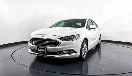 Ford Fusion SE HEV-2017