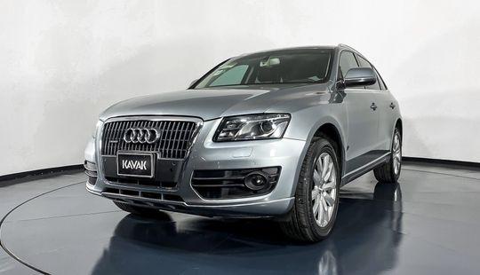 Audi Q5 Quattro Elite 2.0T-2011