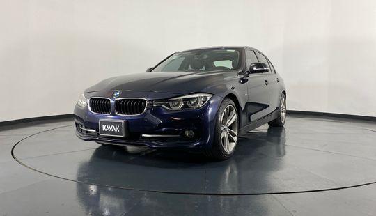 BMW Serie 3 330i Sport Line-2016