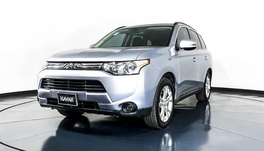 Mitsubishi Outlander Limited-2014