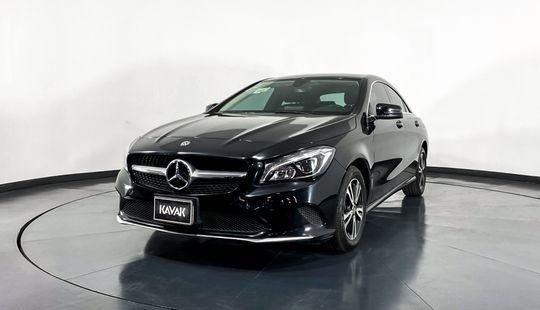 Mercedes Benz Clase CLA Coupe CLA200 CGI-2018