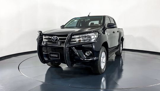 Toyota Hilux Doble Cab Mid-2019