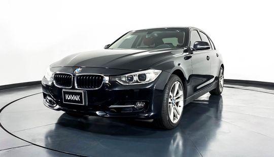 BMW Serie 3 335i Sport Line-2013