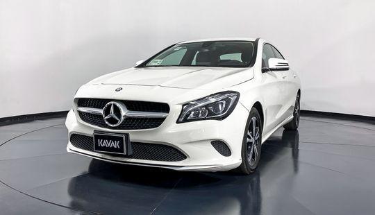 Mercedes Benz Clase CLA Coupe CLA200 CGI-2017