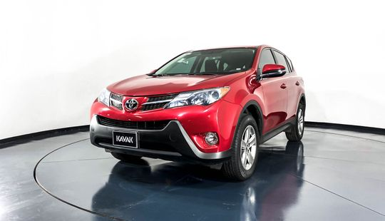 Toyota RAV4 XLE-2015