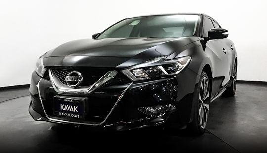 Nissan Maxima SR