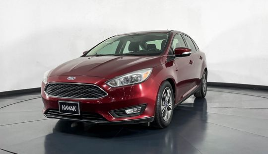 Ford Focus SE-2015