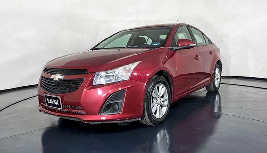 Chevrolet Cruze LS-2014