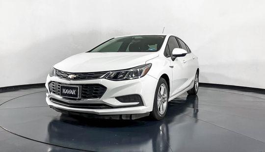 Chevrolet Cruze LS Turbo-2017