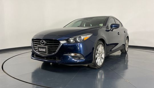 Mazda 3 HB s