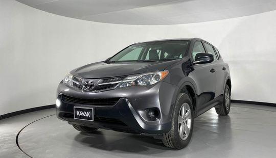 Toyota RAV4 LE-2015