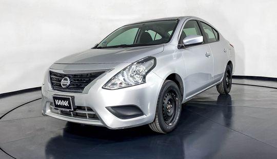 Nissan Versa Sense-2017