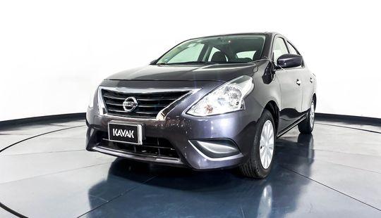 Nissan Versa Sense-2018