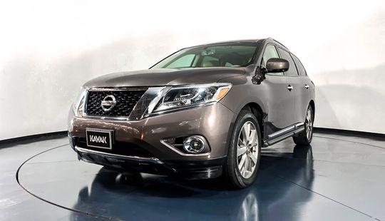 Nissan Pathfinder Exclusive-2015