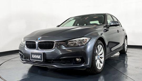 BMW Serie 3 320i Business-2016