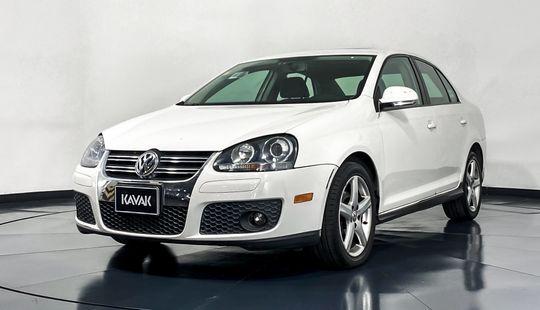 Volkswagen Bora Sport-2010