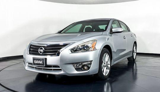 Nissan Altima Advance 2014