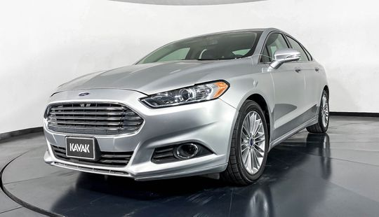 Ford Fusion SE Luxury-2015