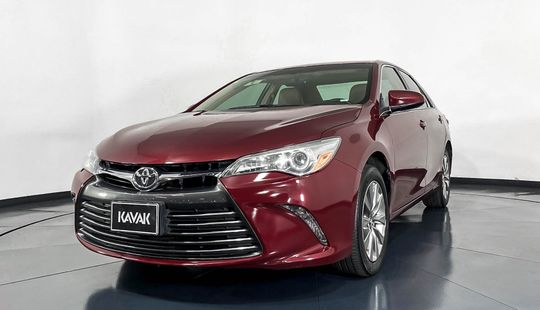 Toyota Camry XLE-2015