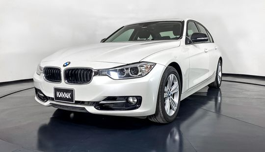 BMW Serie 3 320i Sport Line-2015