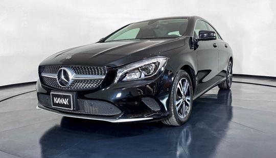 Mercedes Benz Clase CLA Coupe CLA200 CGI-2019