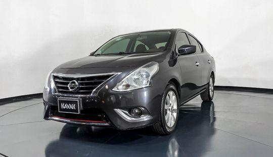 Nissan Versa Advance-2018