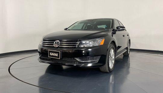 Volkswagen Passat Comfortline-2015
