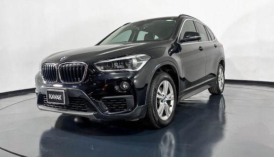 BMW X1 18i X Line-2016